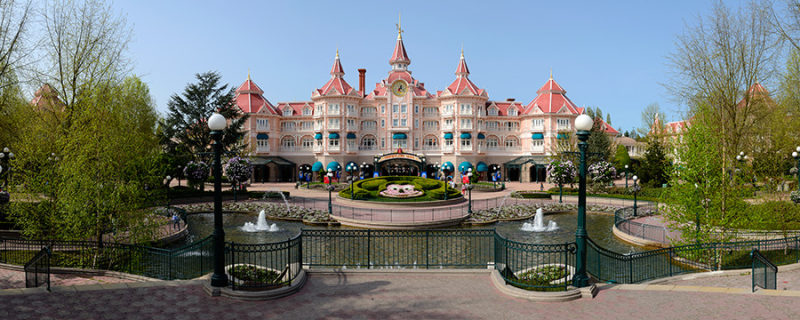 A Picture Of Disneyland Hotel